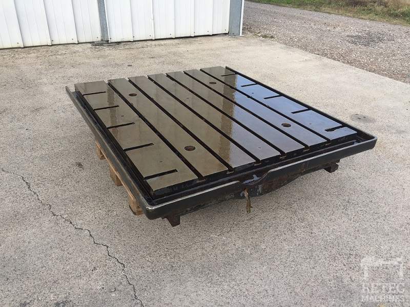 Cast iron bed 1570 x 1325 x 300 mm