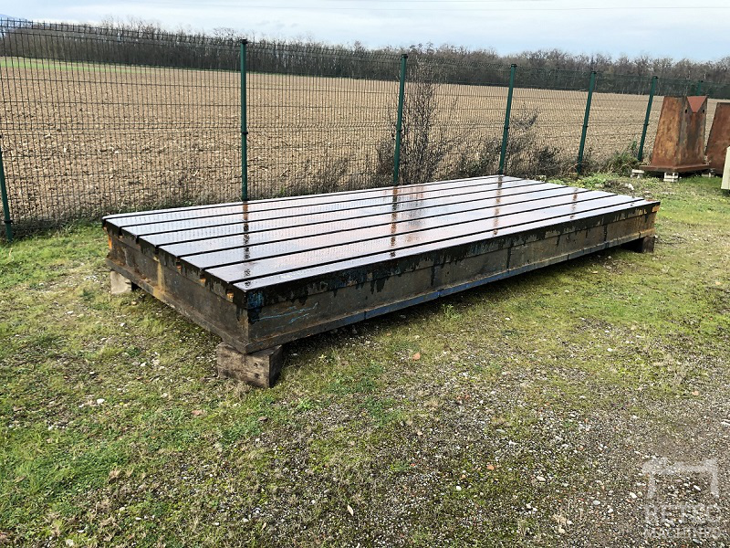 Cast iron bed 5000 x 2060 x 360 mm