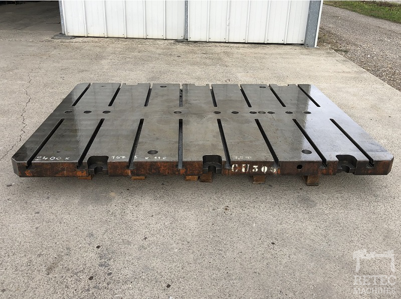 Cast steel bed 2400 x 1675 x 110 mm